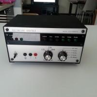 Vecchio Voltmetro della ditta Nuova Elettronica